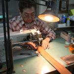 試作品作りは、本社の工房で行うのが基本。長年の経験に基づいた職人技が光る。