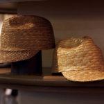 夏物の麦わら帽子も手がける。
