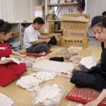検品、袋詰めは同社内で丁寧に行われる。